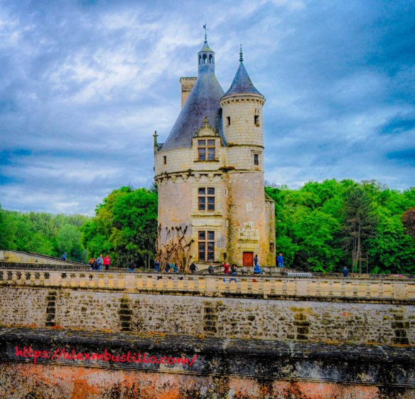 Le Château de Chenonceau, Entrance