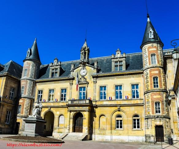 Hôtel de Ville de Melun 16 Rue Paul Doumer, 77000 Melun, France