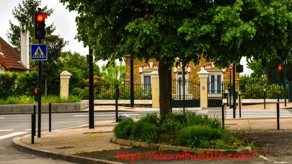 Meulière, Route National 7, Boulevard John Kennedy, Corbeil Essonnes, FRANCE