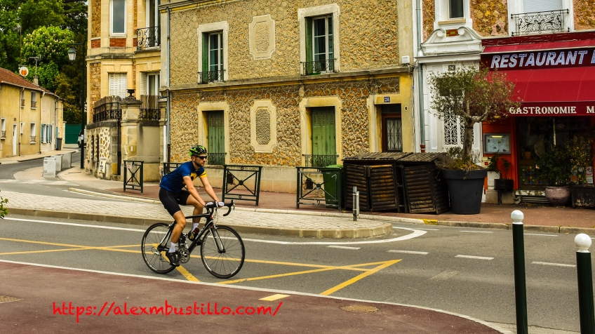 Racing In The Etiolles Streets, Etiolles, France #Bruce #Springsteen #396
