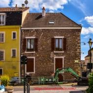 Working, rue de L'Arche, Corbeil-Essonnes, FRANCE-