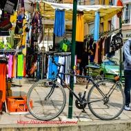 Peugeot Bike, Marché Place du Comté Haymon, Cathédrale Saint-Spire de Corbeil-Essonnes, Corbeil-Essonnes, France