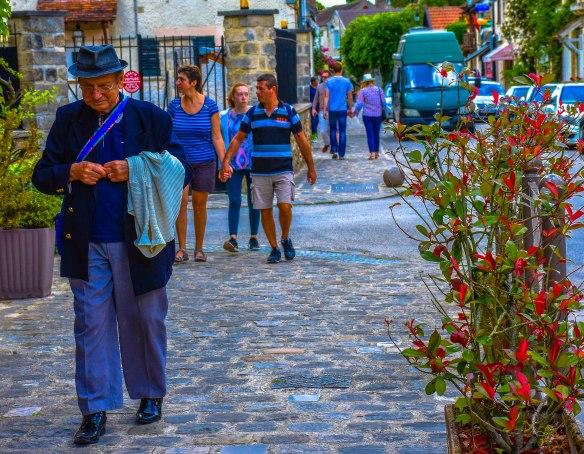 Strolling Grande Rue 77630 Barbizon, France