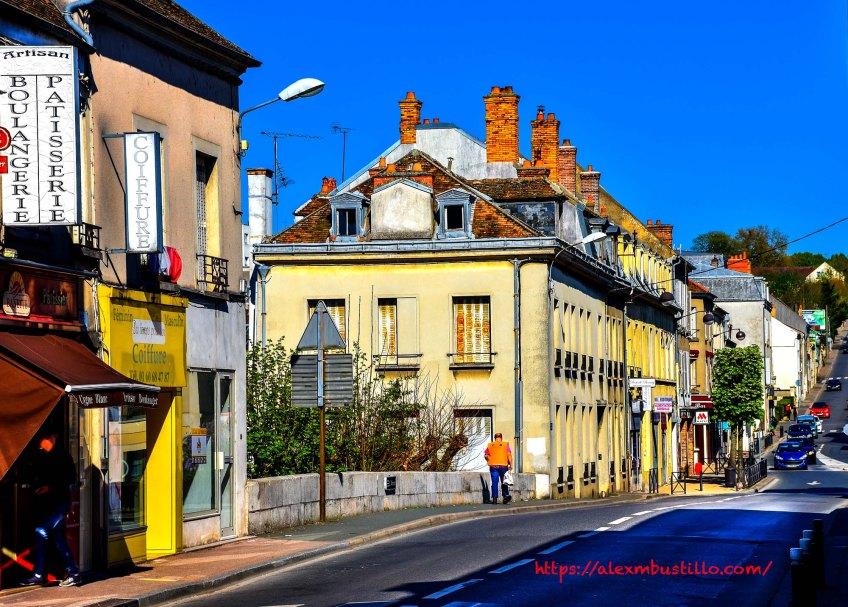 Place Saint-Jean, 77000 Melun, France