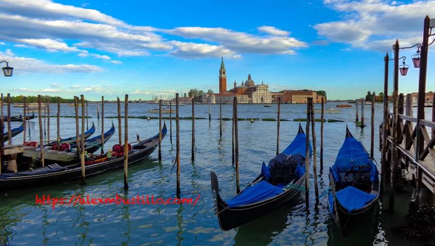 Venice Boats / Barche di Venezia