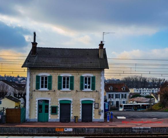 Gare de Moulin Galant, Corbeil-Essonnes, France