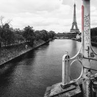 Tour Eiffel Graffiti Black and White