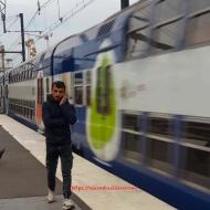 Strolling The Juvisy RER-D Quai
