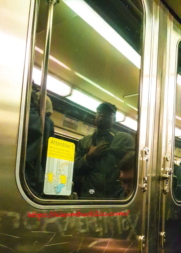 Paris Metro Line 11 Issy